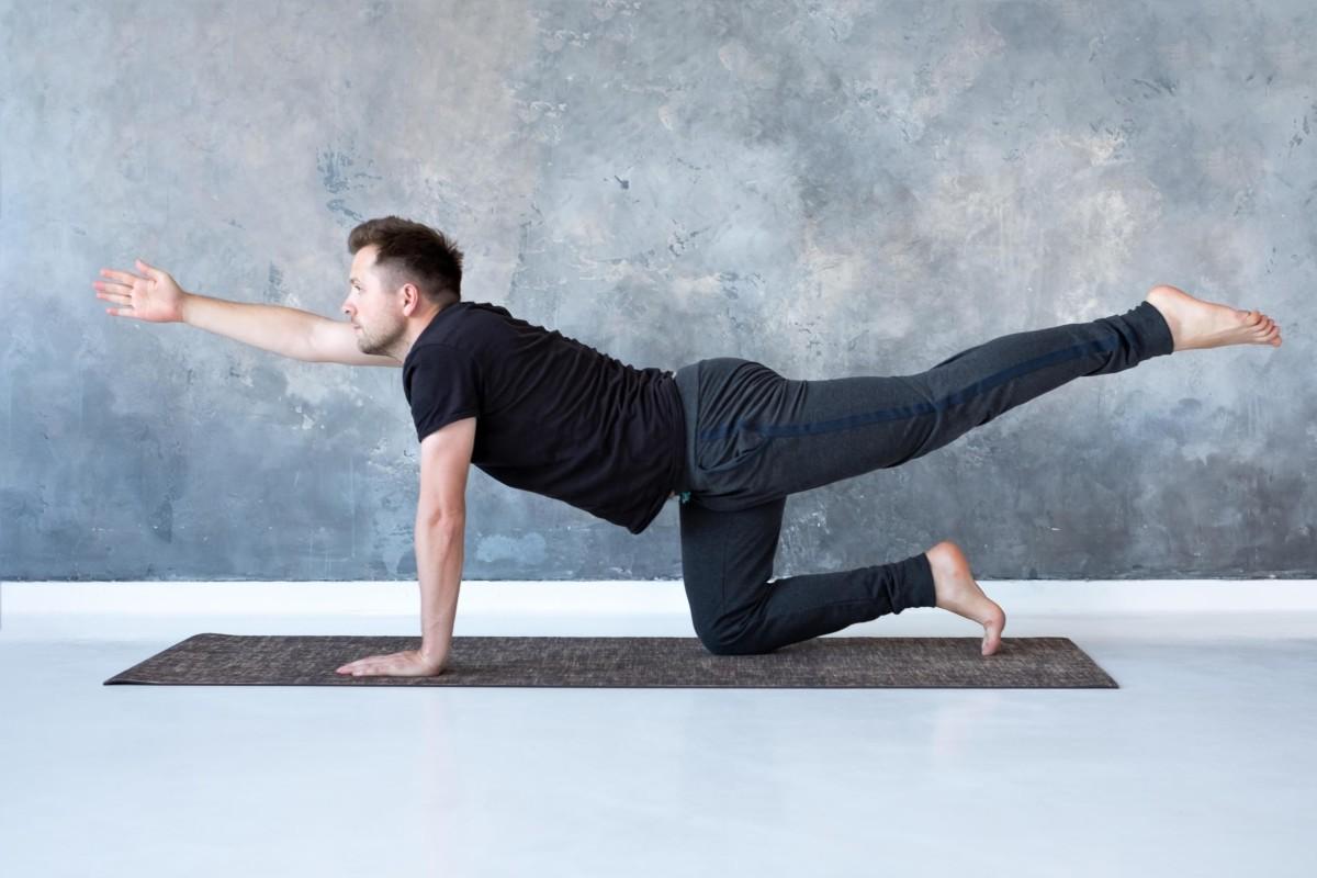 yoga-maenner-training-uebungen-zubehoer-wirkung